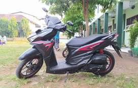Honda Vario CBS 125 hitam
