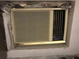 1.5 Ton Window AC O-General