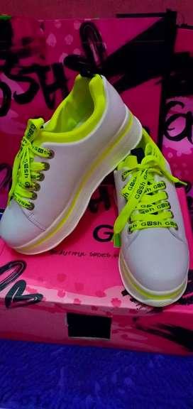 sepatu gosh new