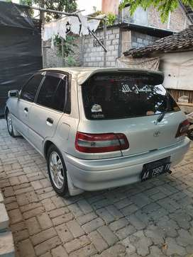Istimewa Toyota starlet 1.3 mobil rawatan tinggal pake
