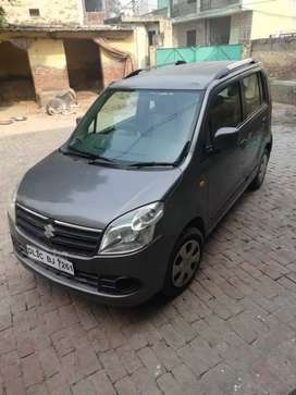 Sell my wagnor R 2011 CNG on RC 2nd owner