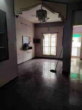 Flat with Semifurnished Rooms, 24/7 Water Supply