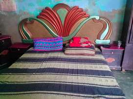 Bed side table dressing show kase meanz satol metress