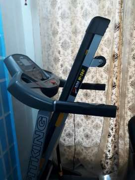 FitKing Treadmill, Model W-560.