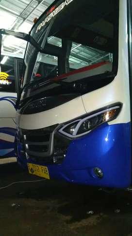 Jual bus pariwisata karoseri new armada