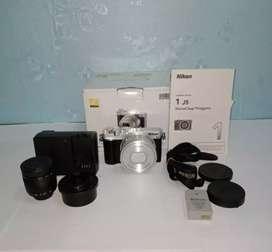 Kamera Mirrorles Nikon J5 Model 1 Nikkor