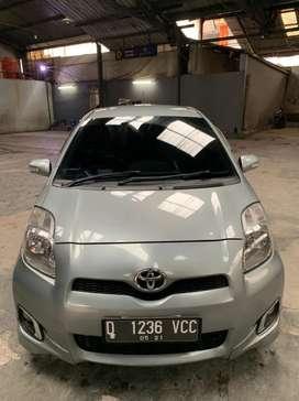 Jual Toyota Yaris 2012 MT Silver 2013 2011