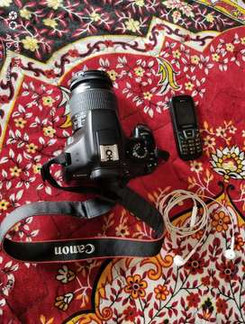 Canon 1300d single lens