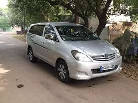 Toyota innova G4 with roof Ac in showroom condition