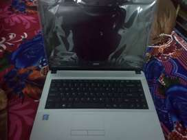 Acer company laptop with a good condition an good screen