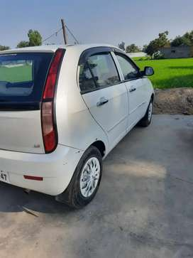 Tata Indica Vista 2015 Diesel Well Maintained money problem.