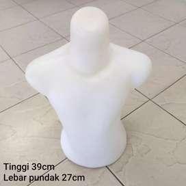 Manekin/patung setengah body anak BEKAS