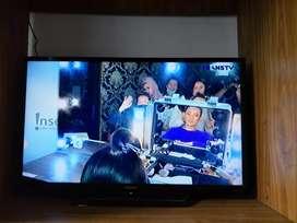 Di Jual TV LED SONY 32 inchi type KDL 32R300E