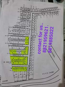 Plat bechna h Ring road me low college k samne 1000sq fit 250000 me