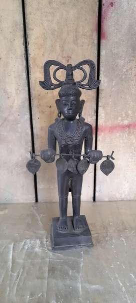 Patung primitif terbuat dari kuningan 40cm