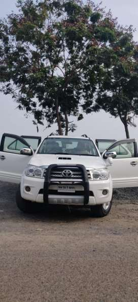 Toyota Fortuner 3.0 Manual, 2011, Diesel