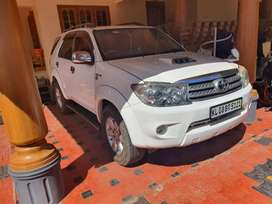 RE registered Toyota  Fortuner 2010 Diesel Well Maintained