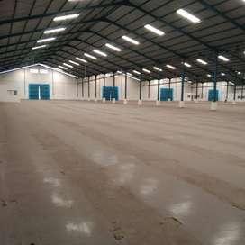 Disewakan gudang 9.279 m2 lantai epoxy flooring u/ makanan ~ The EdGe