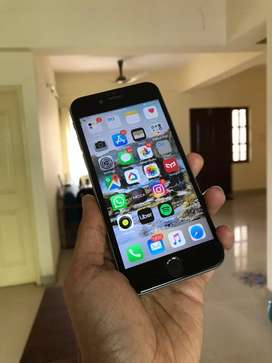 iphone 6. 16 GB with NEW Battery