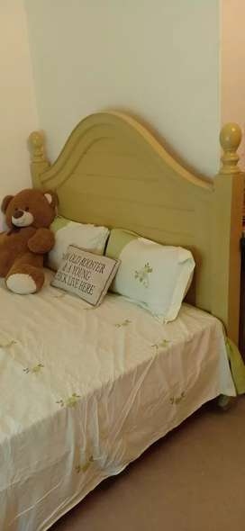 Queen Size Bed with Chester and Side Table