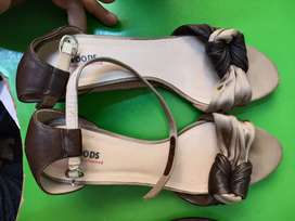Woodland and shuz Women heels