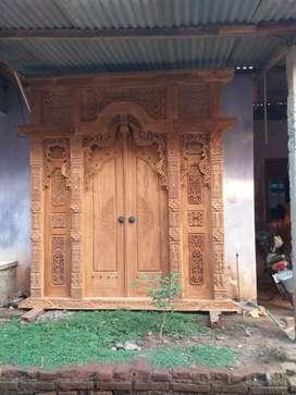 Gebyok ukuran 2m paleng cocok buat pintu utama