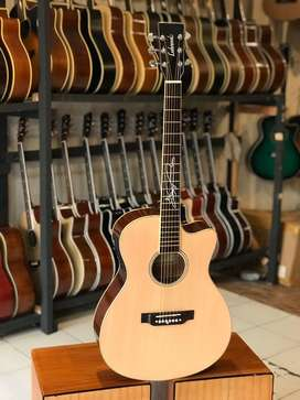 Gitar akustik elektrik lakewood sunghajung