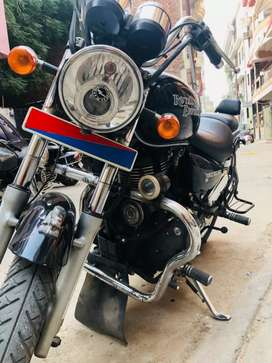 I want to sell my Royal Enfield Thunderbird. 350cc