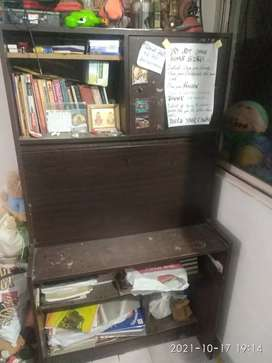 Study table (wooden)