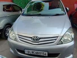 Toyota Innova 2.5 G4 7 STR, 2011, Diesel