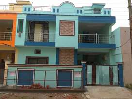 2 BHK for girls or small Family