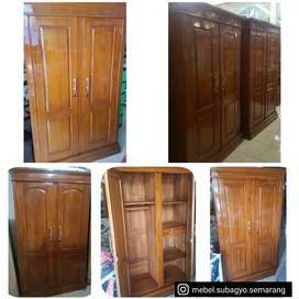 Lemari pakaian 2 pintu kayu jati plitur
