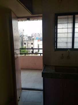 Available 2 BHK Falt ON Rent Dange Chowk @