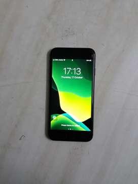 Iphone 8 grey colour 64gb