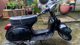 Vespa P150XE 1982