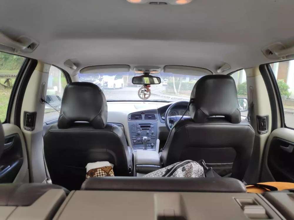 Volvo V70 XC Cross Country All wheel drive Pesanggrahan 195 Juta