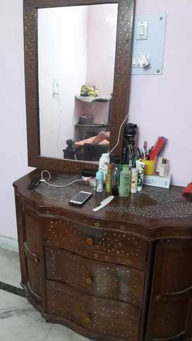 Cabinet with wall mirror