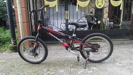 Sepeda BMX Aviator