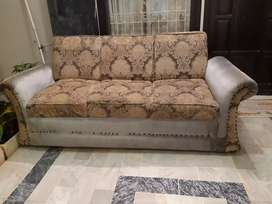 3 seater sofa in perfect condition