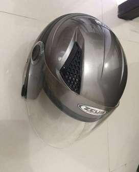 Helm Zeus ZS-160