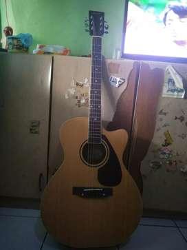 Di jual gitar merek marfill