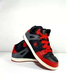 Sepatu Anak Sneakers TDLR
