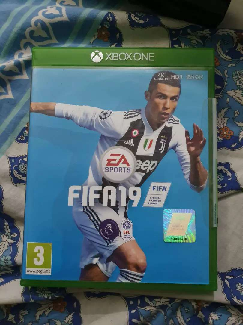 FIFA 19 for Xbox One 0