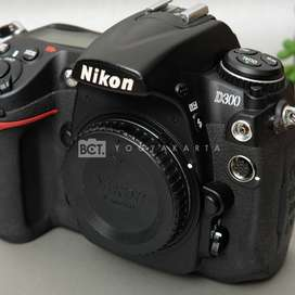 Nikon D300 Body Only SC 19Rban kode 1130C20