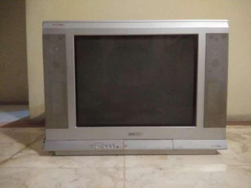 Jual MURAH TV SHARP FLAT/LAYAR DATAR 21 inch lengkap siap diantar 0