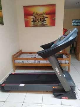 Treadmill Elektrik Komersial  X9 AC