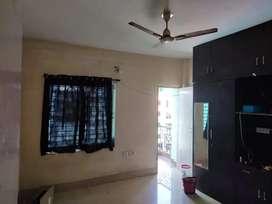 3 BHK semi furnished flat in Netaji Subhash Enclave Damana.