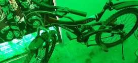 Atlas 18 gear bicycle