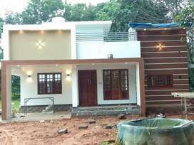 8 CENT 1350 SGF 3 BHK NEW HOUSE NEAR VALAYANCHIRANGARA IRAPURUM