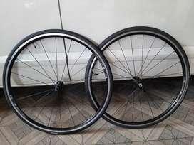 Wheeelset DtSwiss R460 Roadbike